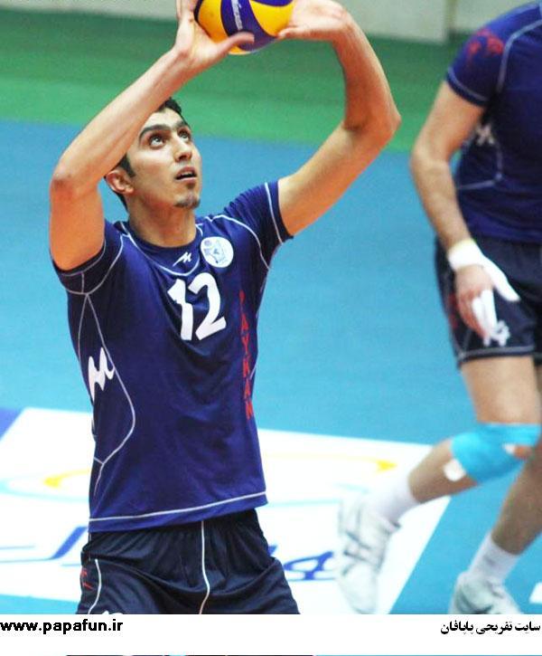 بیوگرافی مجتبی میرزاجانپور(والیبالیست)